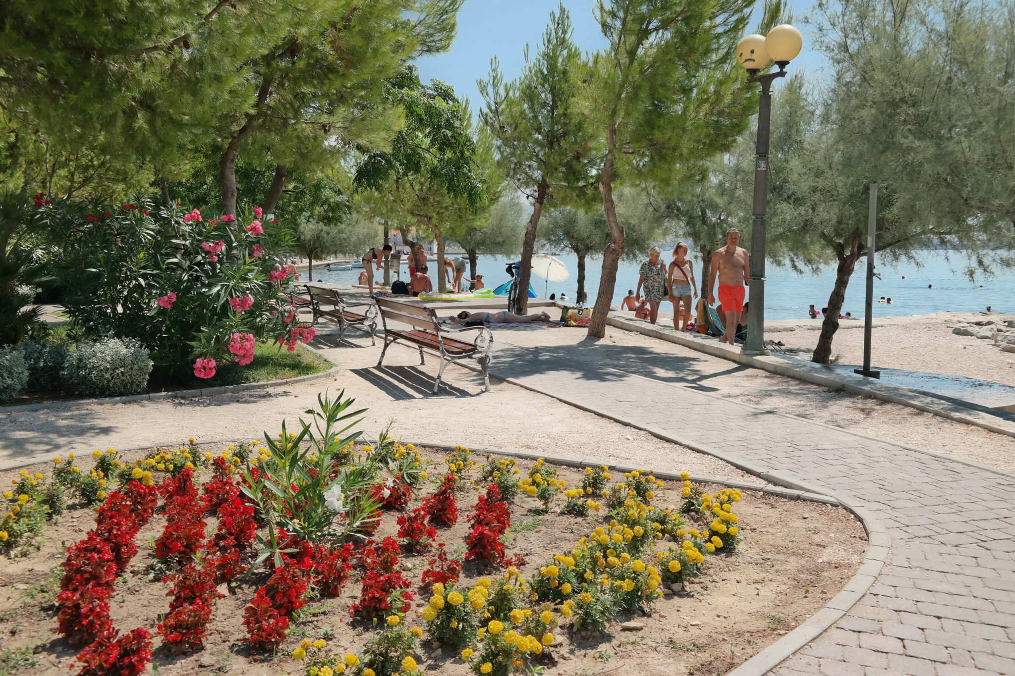 park and beach in Kastel Kambelovac